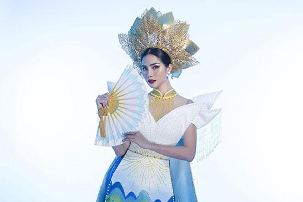 Trang phục dân tộc đính 5000 viên pha lê của đại diện Việt Nam tại Miss Earth 2019