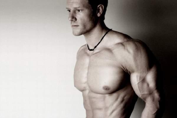 Tiêu chuẩn nào cho một cơ ngực đẹp, vạm vỡ?