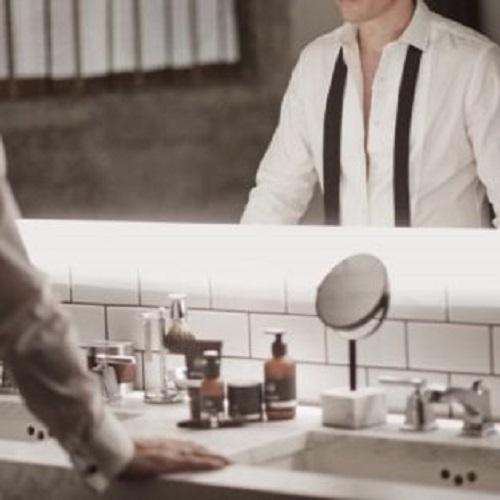 6 tips chăm sóc da trong môi trường văn phòng khô lạnh