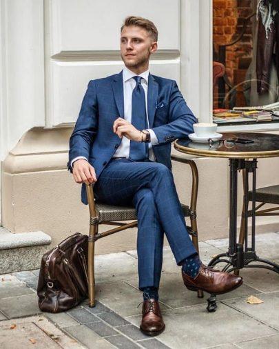Màu sắc của đôi giày nói gì về tính cách nam giới