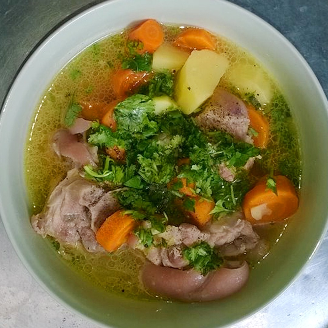 Món ăn thuốc từ móng chân lợn