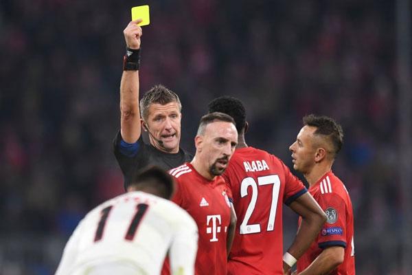 UEFA phân công trọng tài Italia bắt CK Champions League